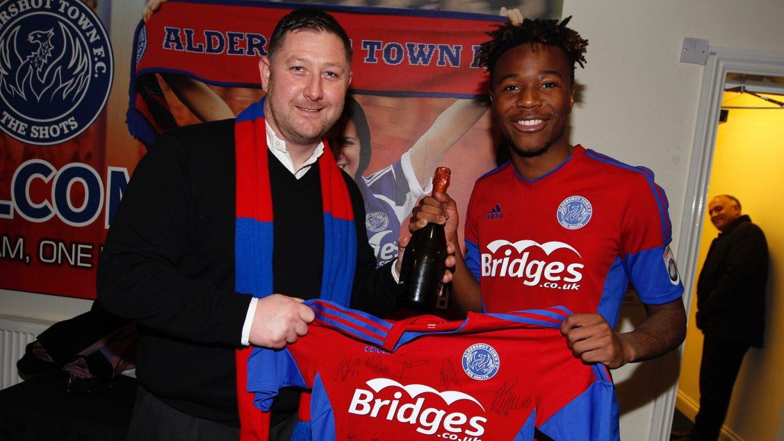 Zimbabwe teen sensation Kundai  Benyu signs loan extension at Aldershot
