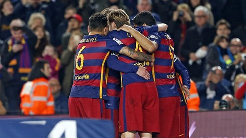 Barcelona win to stay on the heels of leaders Real Madrid