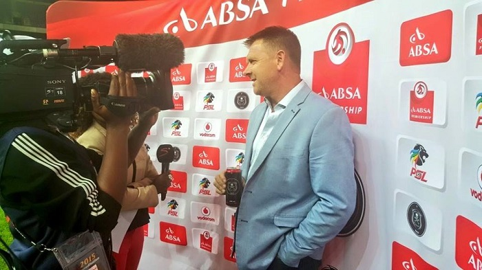 Eric Tinkler speaks highly of Nyoni