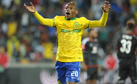 Khama Billiat shines as Sundowns put 6 past Pirates