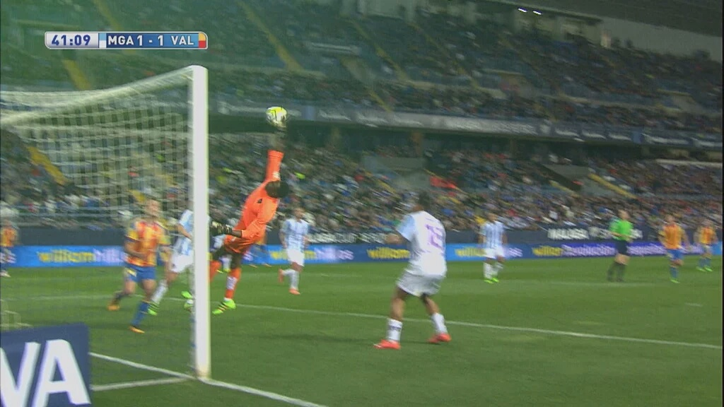 Video: An absolutely incredible own goal from Kameni against Valencia