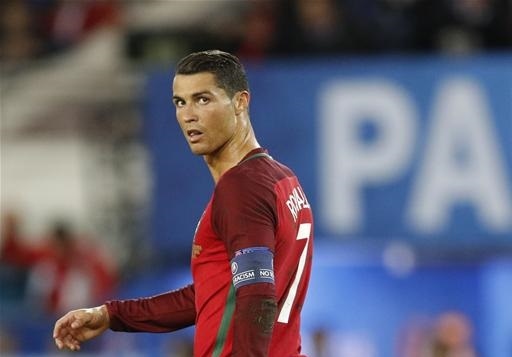 Ronaldo left frustrated again at Euro 2016