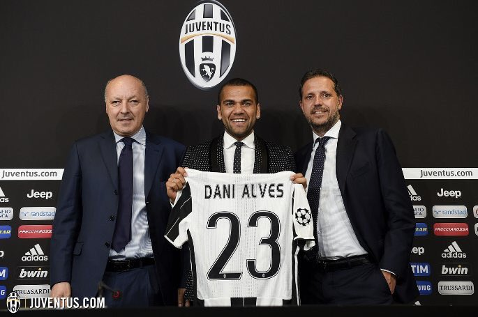 Juventus confirm signing of former Barcelona defender Dani Alves