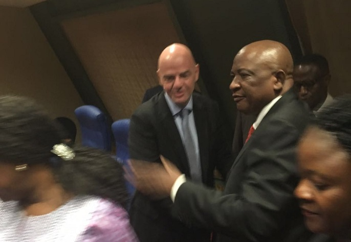 Infantino's accepts Chiyangwa's invitation to Zimbabwe