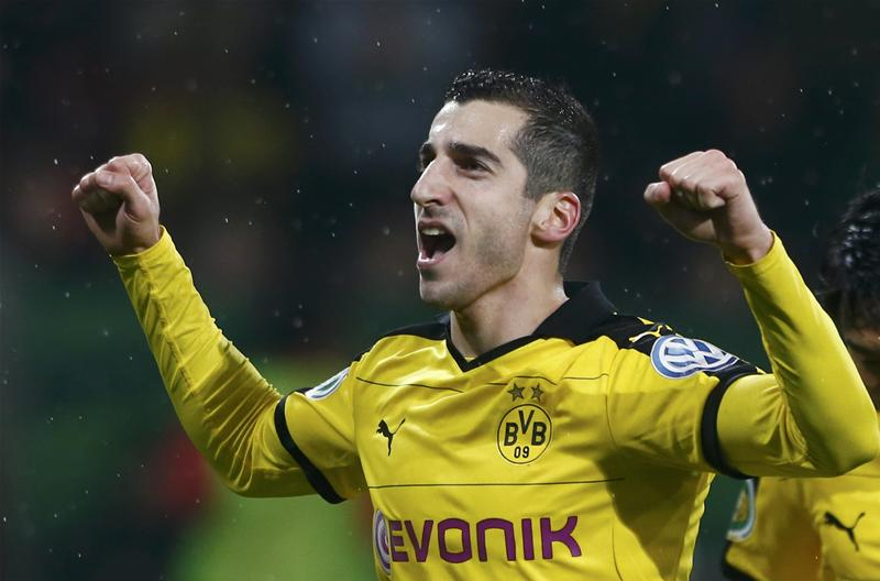 Man Utd confirm the signing of Mkhitaryan