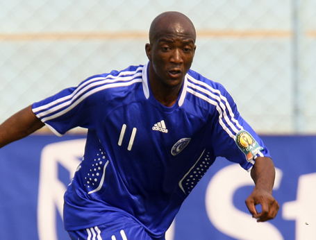 Sadomba brace puts Al Hilal on brink of title