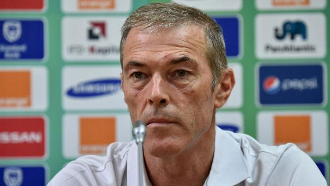 Ivory Coast coach quits