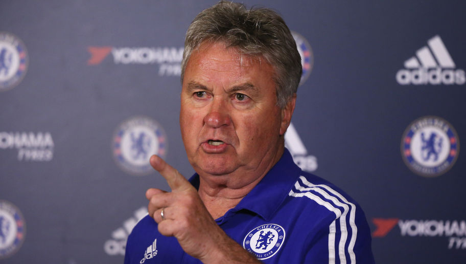 Guus Hiddink Has No Intention of Taking Over at Leicester & Insists Shakespeare Should Continue