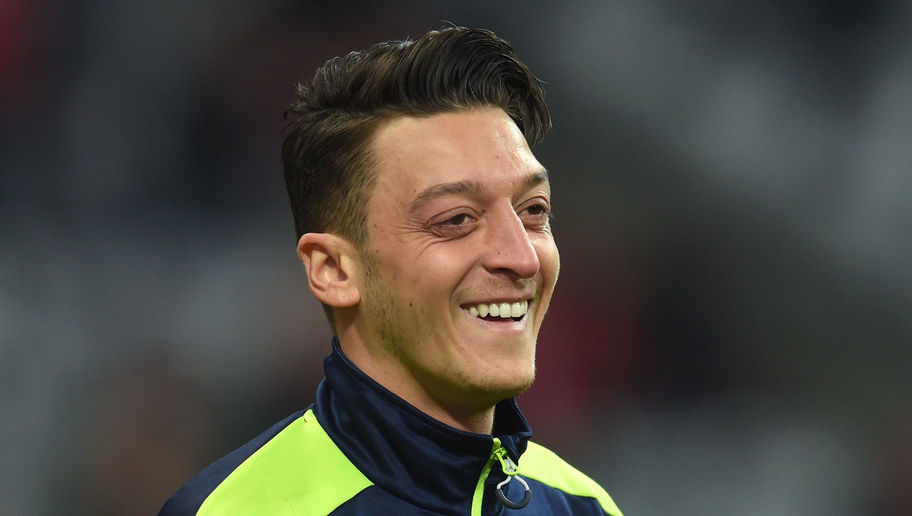 VIDEO: Arsenal Midfielder Mesut Ozil Picks His Ultimate XI From Career Teammates and It's Ridiculous