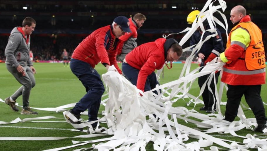 Bayern Fans Revolt Inside Emirates Stadium Over Ticket Prices During Their 5-1 Win Over Arsenal