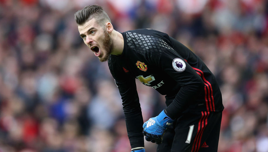 Man Utd Stopper David De Gea Has Big Decision to Make on His Future as Real Madrid Continue to Lurk
