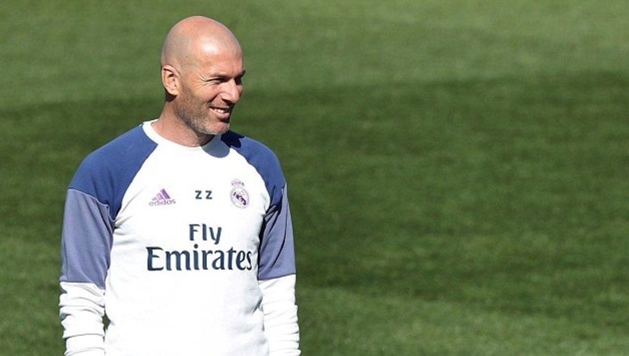 Real Madrid Stars Appear Relaxed in the Sun Ahead of Crucial La Liga Fixture