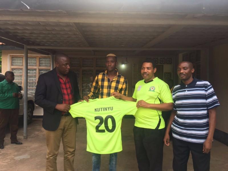 Tafadzwa Kutinyu joins Tanzanian side