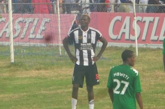 Nomadic striker Mutuma rejoins boyhood club
