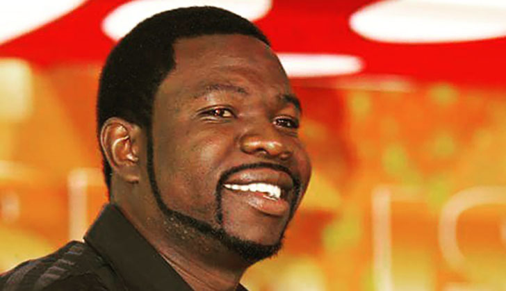 Magaya opens hotel to Zim, Barca legends