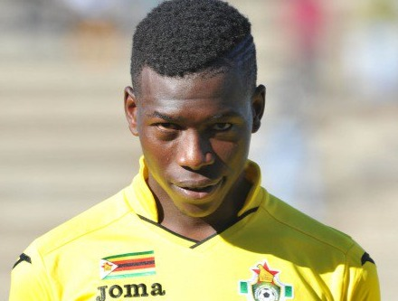 Hadebe starts training with Kaizer Chiefs