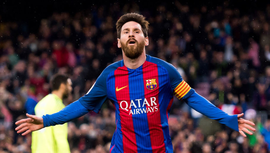 Lionel Messi agrees to new Barcelona deal