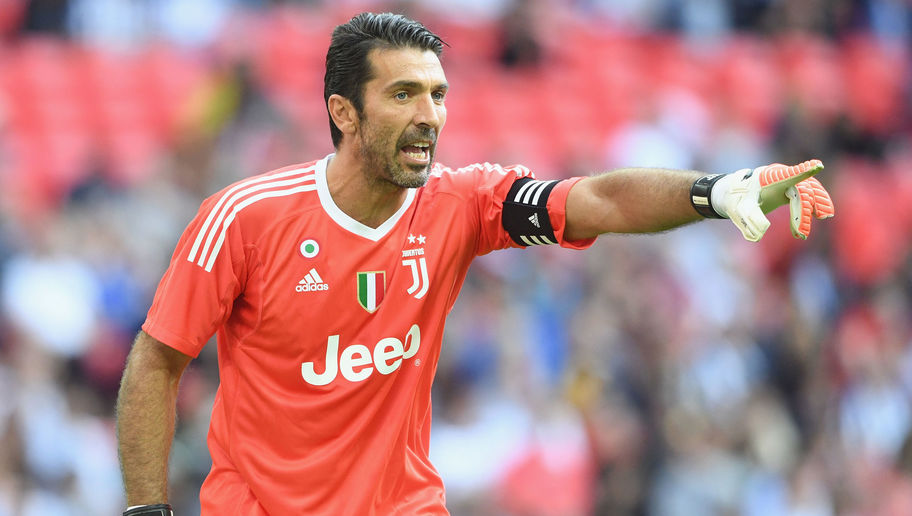 Gianluigi Buffon signs a one year contract with PSG