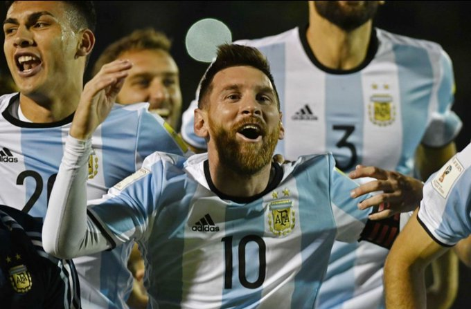 Messi to carry Argentina hopes at World Cup says coach