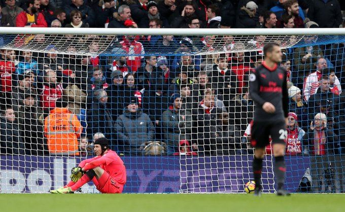 EPL: Arsenal slump to third straight loss