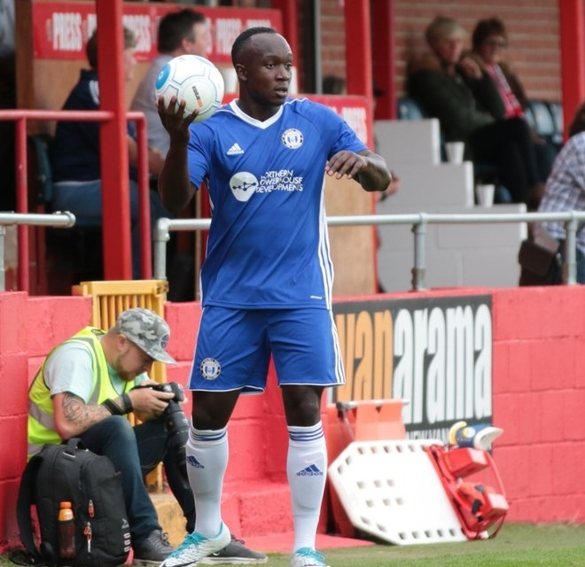 New deal for Cliff Moyo at Harriers