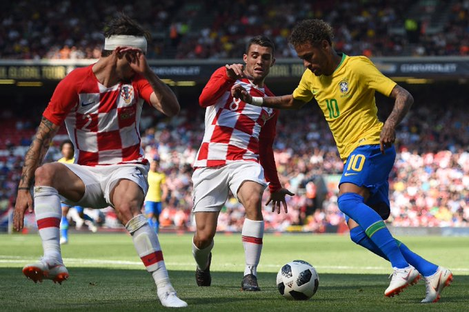 Mexico Captain Calls Out FIFA And Match Officials Over Neymar's Tendency To Exaggerate Fouls