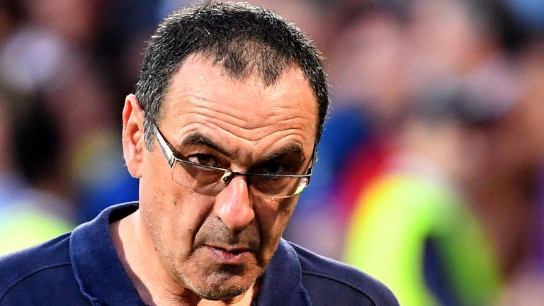 Sarri wants to stay at Chelsea and turn the club into title contenders
