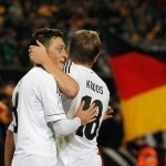 Toni Kroos blasts Ozil for retiring from international football