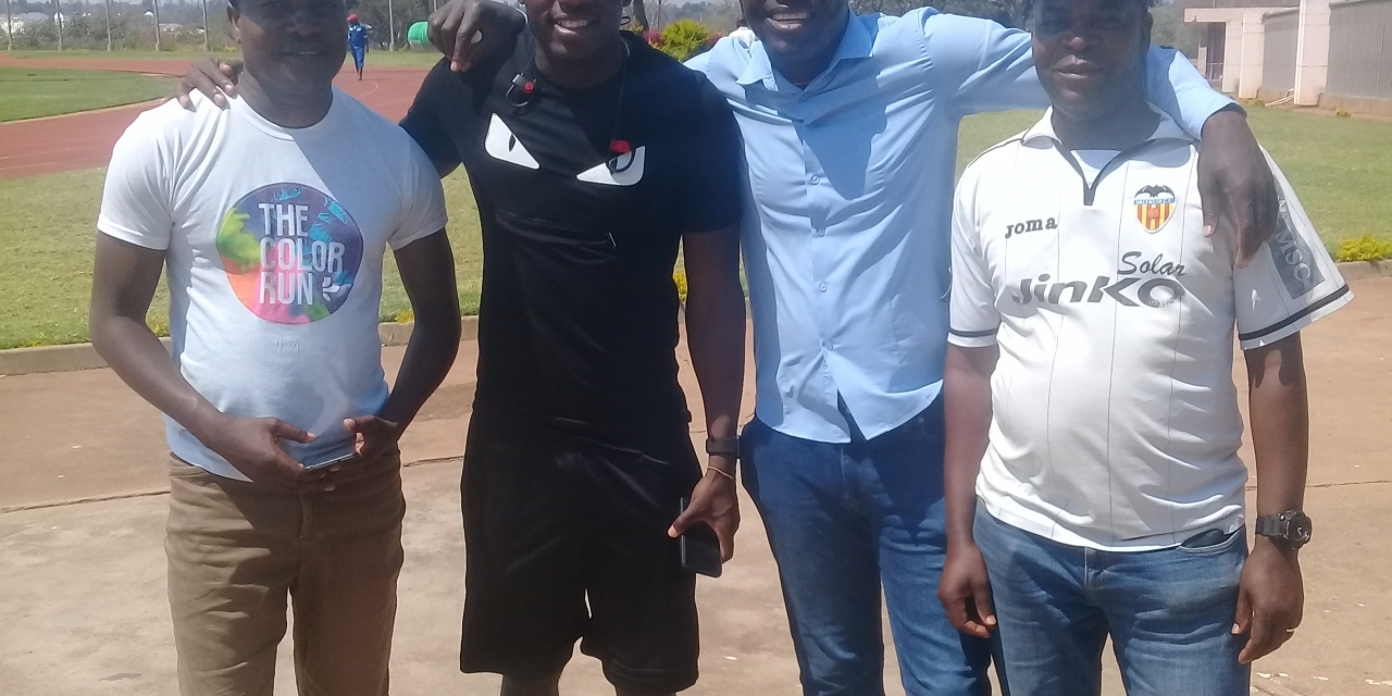 "Mushekwi attends CAPS United training session, ""donates"" to players"