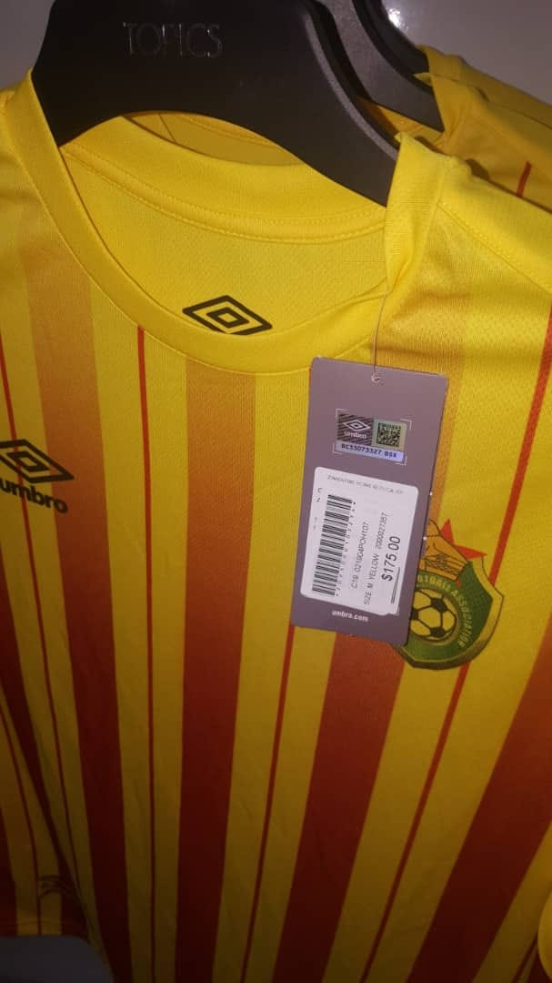 sports shoes 41fdd cd188 Leaked: The price of the Warriors' Umbro replica jersey ...