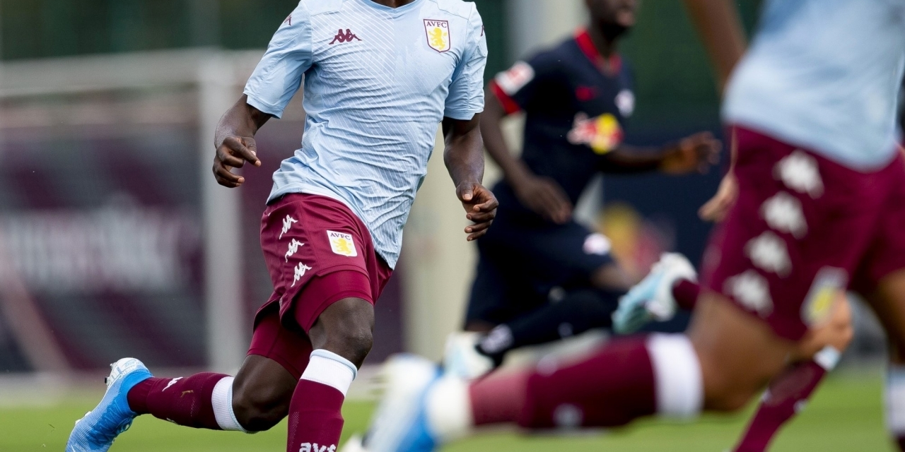Gallery: Marvelous Nakamba in action for Villa for the first time