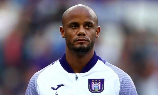 Kompany gives up coaching role at Anderlecht