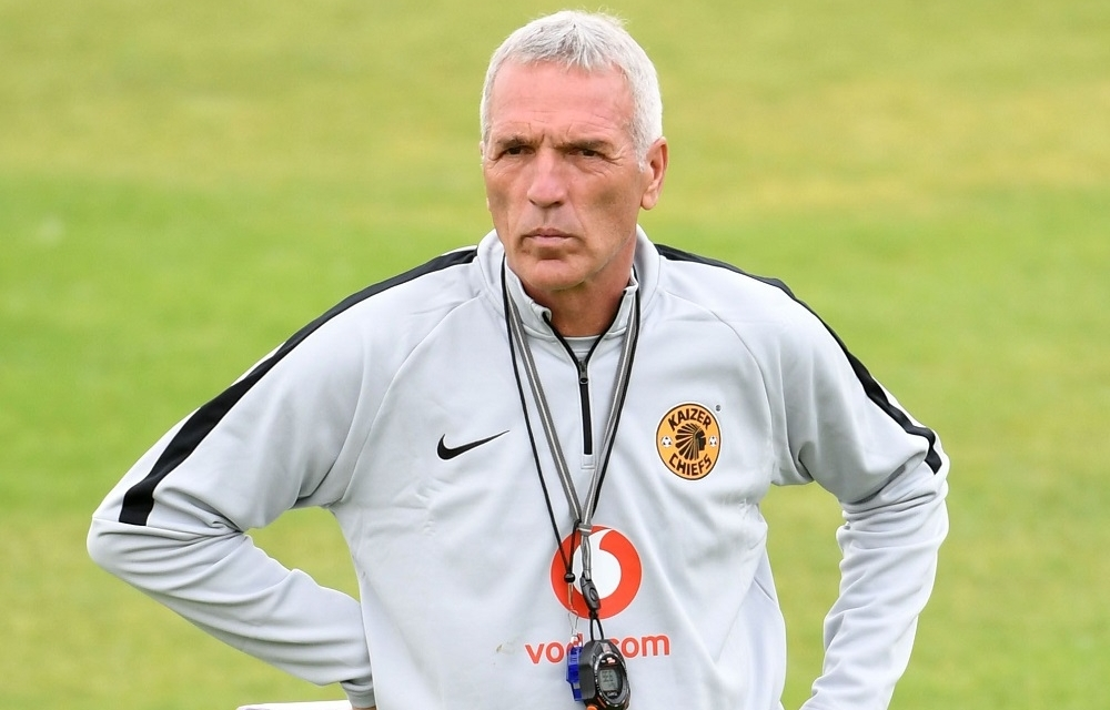 Kaizer Chiefs coach slams Warriors management again over Khama Billiat