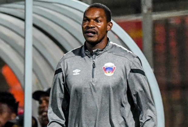 Mapeza hailed for transforming Chippa United