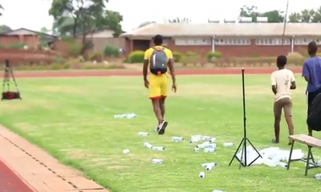 Watch: Alec Mudimu picks up empty water bottles at Warrior training ground