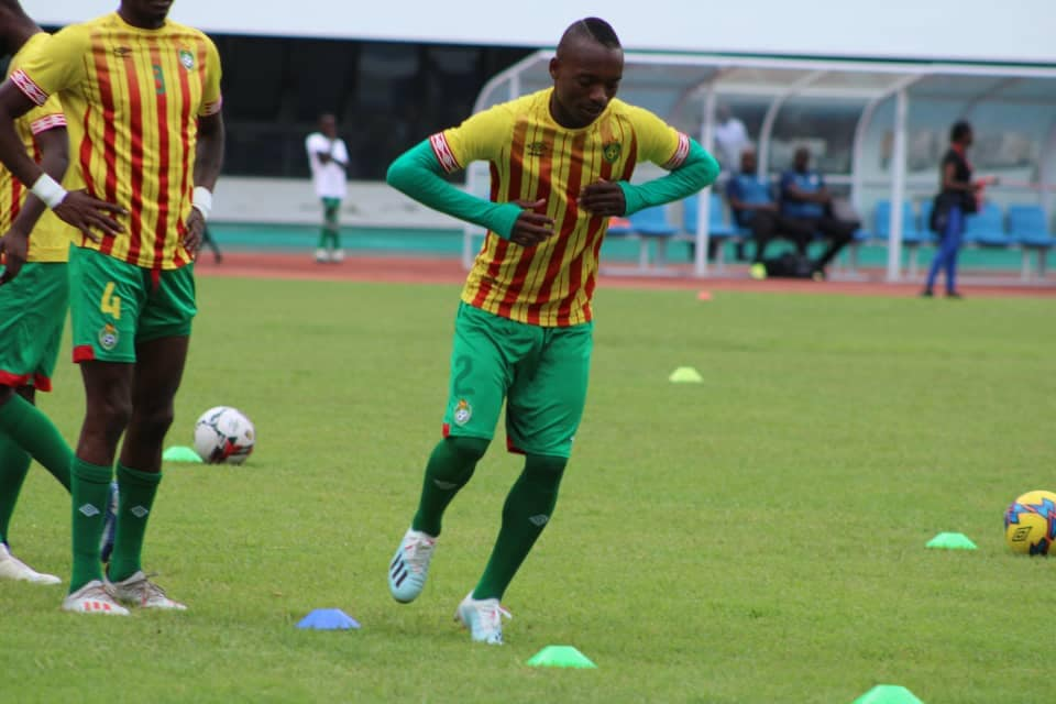 Billiat working to reclaim Warriors place