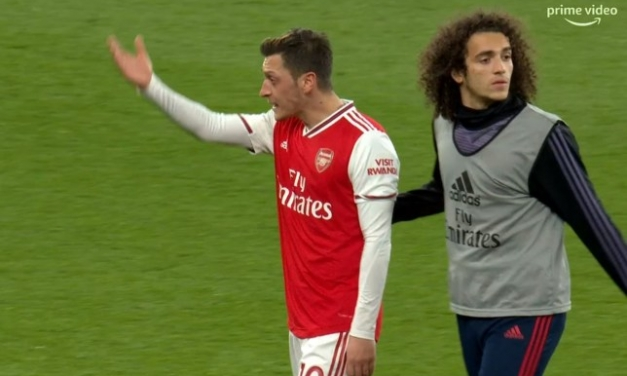 Mesut Ozil involved in angry spat after Arsenal home defeat to Brighton
