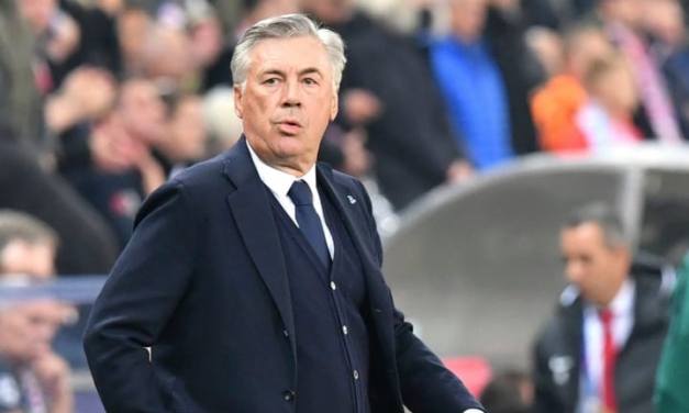 Ancelotti sacked by Napoli, linked with two EPL sides
