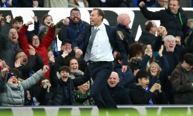 Everton outmaneuver Chelsea to return to winning ways