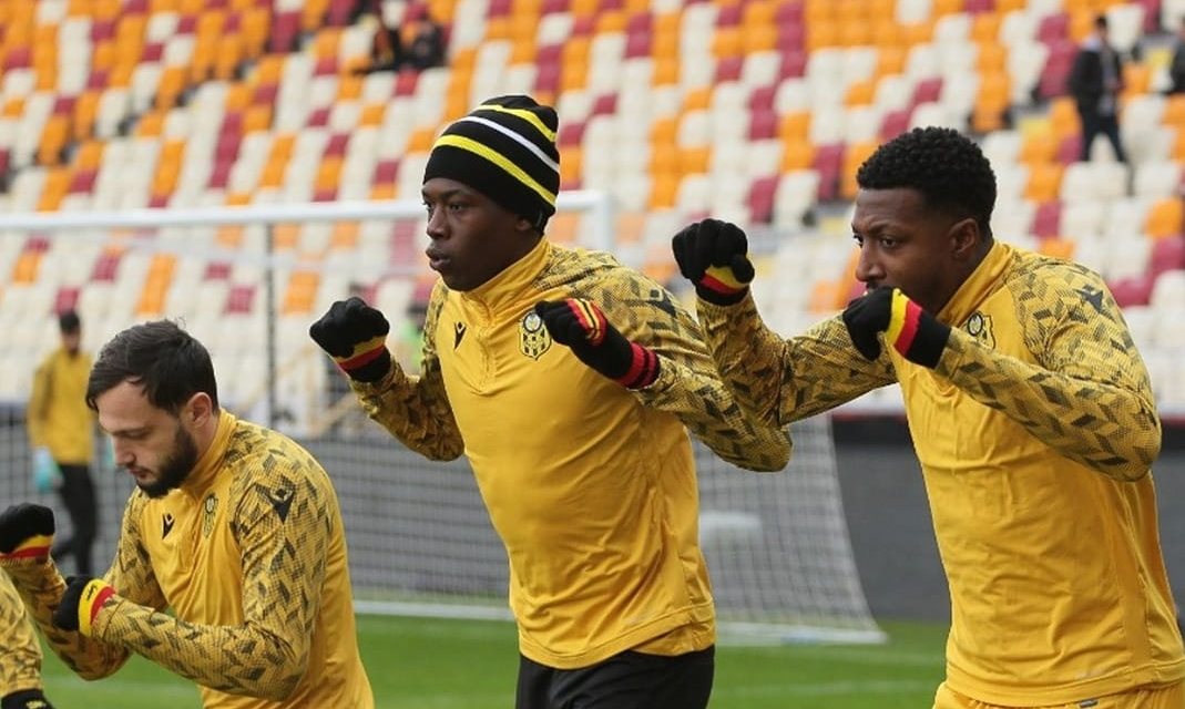 Hadebe returns to Malatyaspor first XI after missing two games