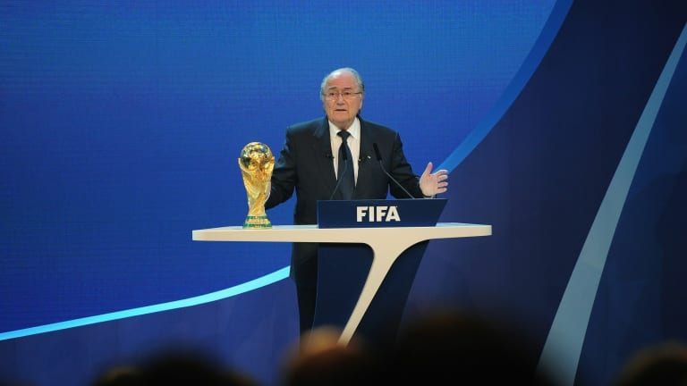 Ex-Fifa boss Blatter suggests 2022 W.C could be moved to USA