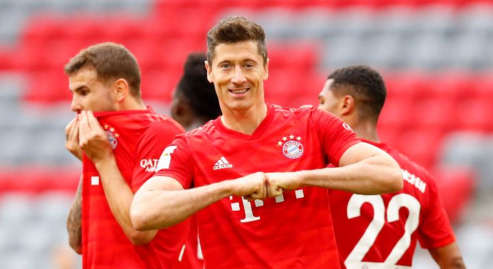 Lewandowski stars as 5-star Baryen thrash Düsseldorf