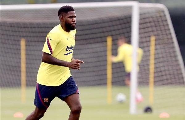 Barcelona suffers Umtiti blow on return to training
