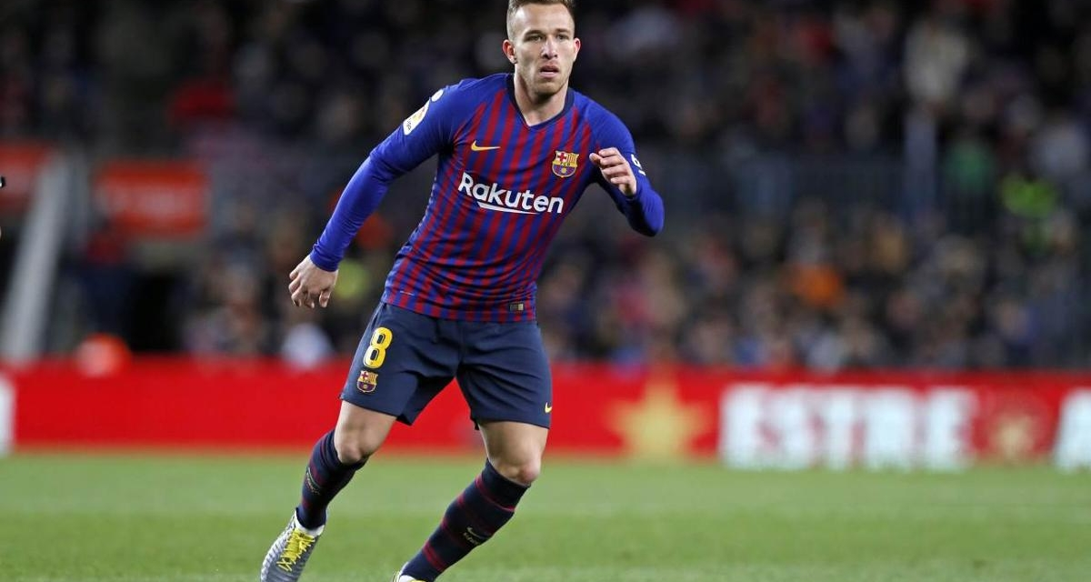 Official: Arthur Melo leaves Barca