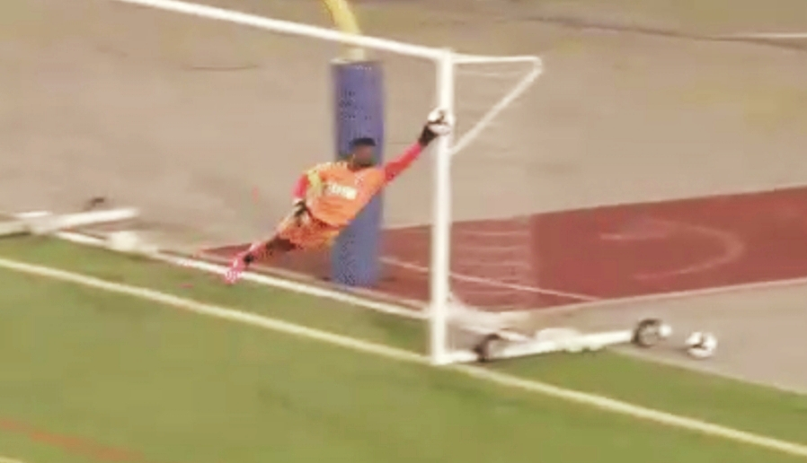 Watch: Mkuruva makes a brilliant save from a free kick in Michigan-Cosmos draw