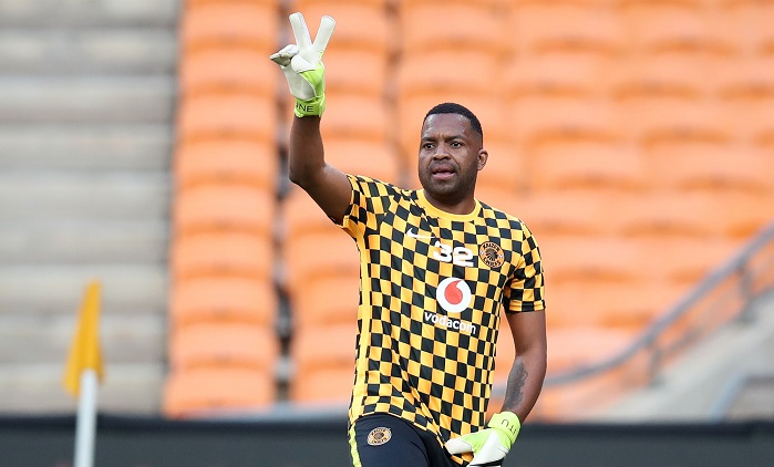 Reasons behind Itumeleng Khune's absence in Kaizer Chiefs team revealed
