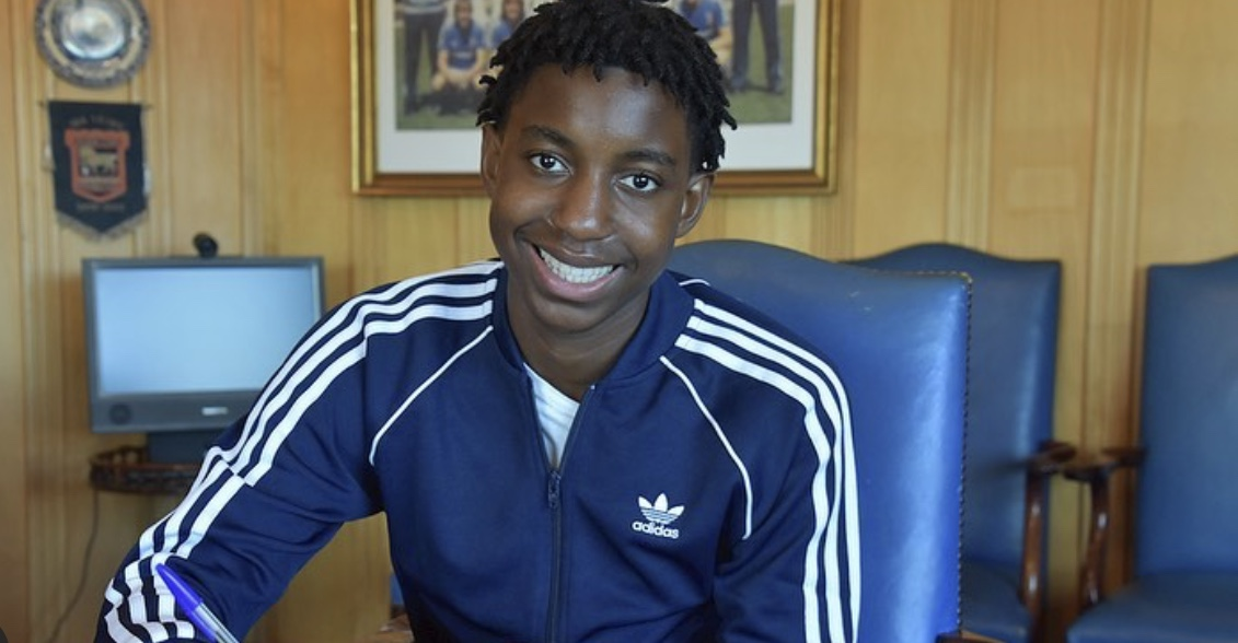 Zimbabwean starlet signs first professional contract at Ipswich Town