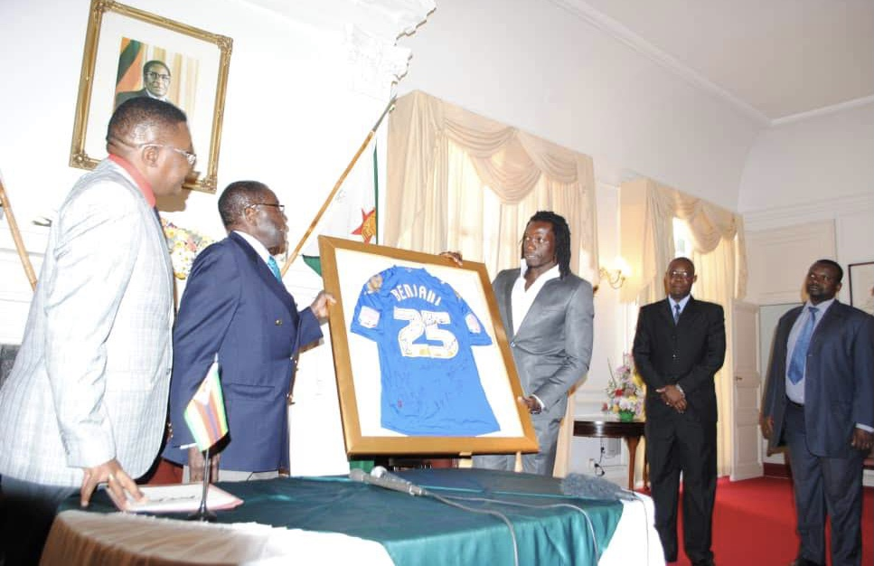 The interface between Zimbabwean football stars and Heads of State