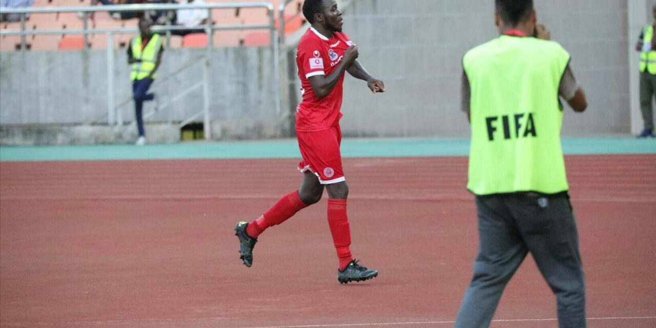 Perfect debut for Chikwende
